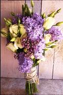 ramos de novia, flores de temporada, lilas, wedding planner, enabodate