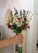 ramos de novia, flores de temporada, silvestre, wedding planner, enabodate